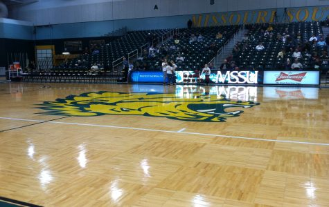 A crowd sits through a 45 minute delay before yesterday's women's basketball game at Missouri Southern. The officials were late getting to the arena.