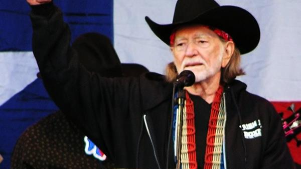 Willie Nelson concert postponed