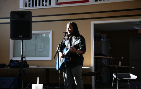 photo by Carly Fristoe Simms serenades Butler Loft