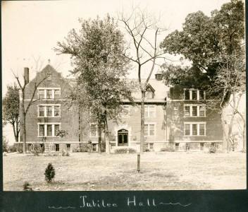 pre-1917-Ayres-Hall-352x300
