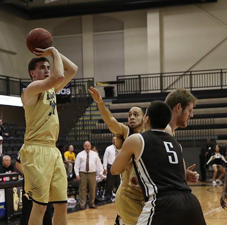 Men's basketball picks up home victory over Northeastern State