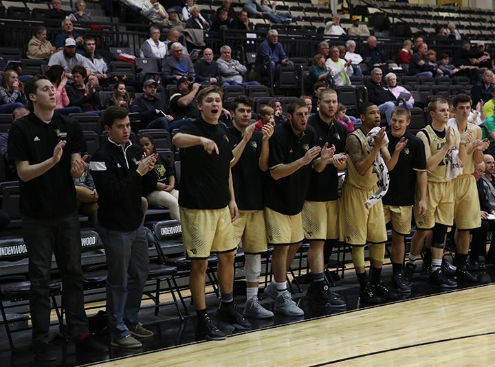 The+Lindenwood+men%27s+basketball+team+celebrates+during+a+game+earlier+this+season.%0A%0APhoto+by+Carly+Fristoe