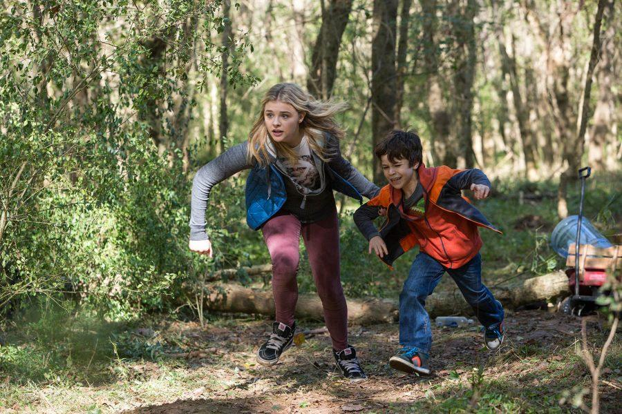 Photo courtesy of Sony Pictures Entertainment Chloe Grace Moretz as Cassie and Zackary Arthur as Sam in