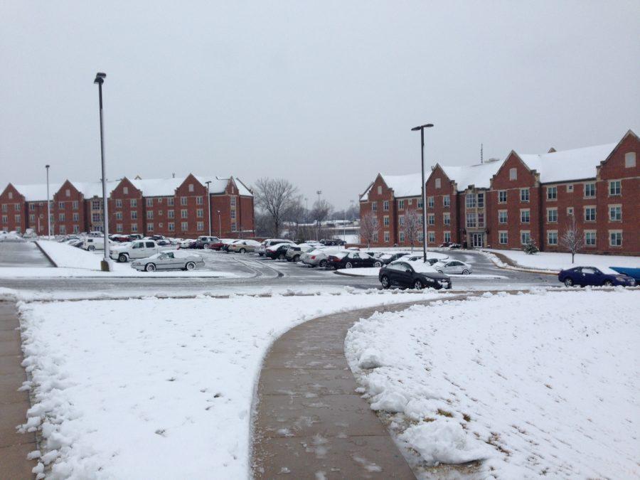 Winter+storm+sweeps+through+Lindenwood+campus
