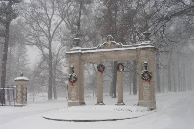 Lindenwood's gates after a snow stormPhoto by Pinterest