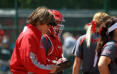 Liz Kelly hired as new softball coach