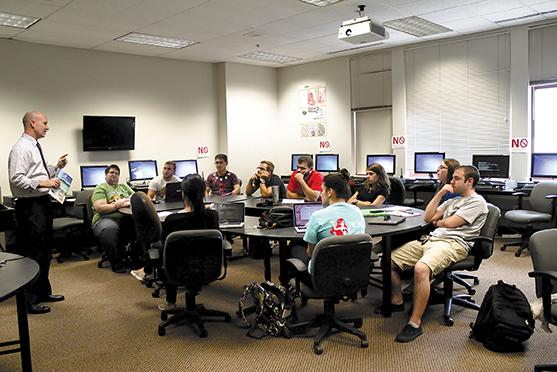Photo Credit: Taylor Musgrove Jason Dude Lively teaches IMDW capstone class on Tuesday afternoon.