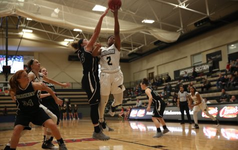 Women's basketball prepares for first MIAA quarterfinal
