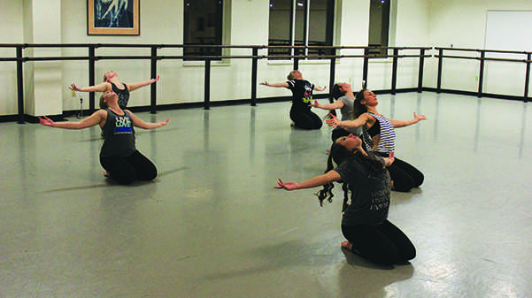 Dance+students+rehearse+for+the+Winter+Dance+Concert+Thursday%2C+Feb.+2%2C+in+Room+2100+a+week+before+the+show+opens+in+the.+J.+Scheidegger+Center.+%3Cbr%3EPhoto+by+Lindsey+Fiala