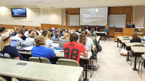 LSGA meets on a weekly basis in Dunseth Auditorium throughout each semester.Photo by Nao Enomoto
