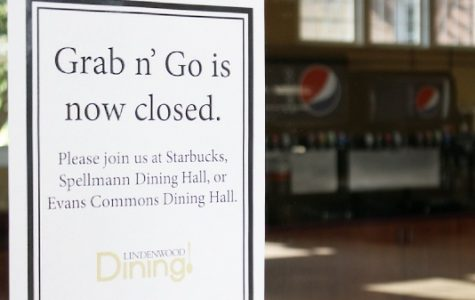 Grab & Go was a dining option at Lindenwood in Butler Hall that closed this fall. Inside students could purchase pizza, order lattes and more.<br>Photo by Kyle Rainey </br>