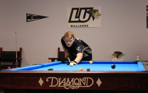 Lindenwood billiards steps away from collegiate competition for a 15-12 win