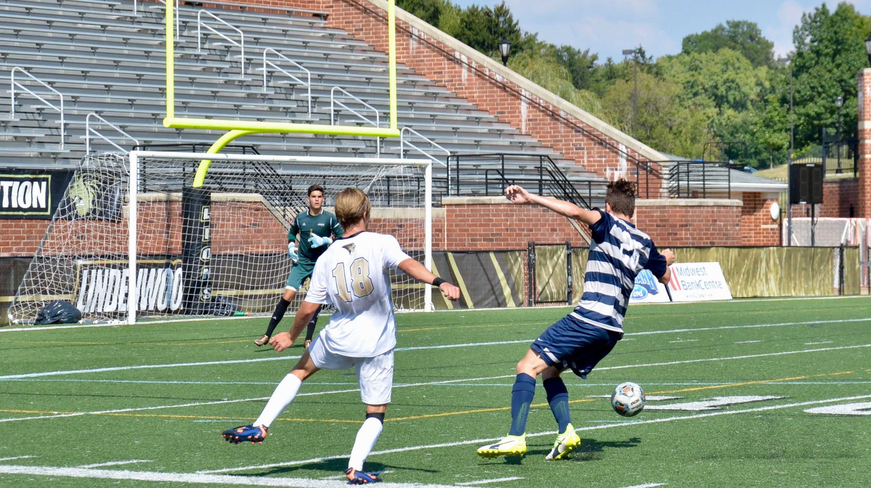 In a file photo from 2017, Jose de Val Lopez, number 18, defends the goal against Upper Iowa University. Photo by Rolando Dupuy.