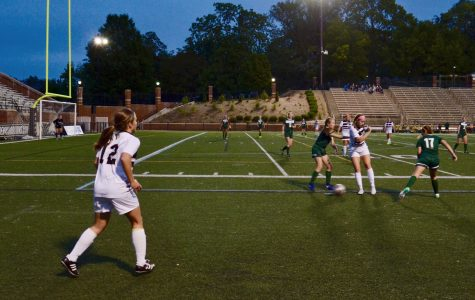 Becky Roberts gains possession over the ball during the game against Missouri S&T on Sept 12. Roberts scored on Friday night in 2-1 loss. <br> Photo by Rolando Dupuy