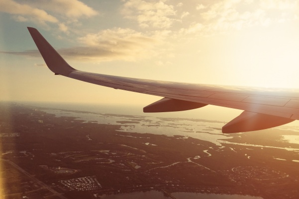 Traveling+alone+is+beneficial+for+many+reasons.+But+they+all+start+with+a+flight.+%3Cbr%3E+Photo+from+pexels.com