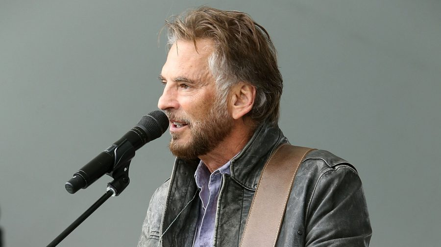 Singer%2Fsongwriter+Kenny+Loggins+performs+during+A+Capitol+Fourth+-+Rehearsals+at+U.S.+Capitol%2C+West+Lawn%2C+on+July+3%2C+2016+in+Washington%2C+DC.+%3Cbr%3E+Photo+by+Paul+Morigi%2FGetty+Images+for+Capital+Concerts
