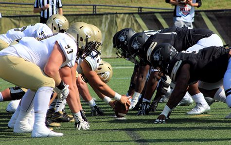 Lindenwood prepares to face off against Emporia State at the Homecoming game on Oct. 14. <br> Photo by Lindsey Fiala