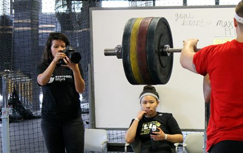 Weightlifting team attracts well-known photographer