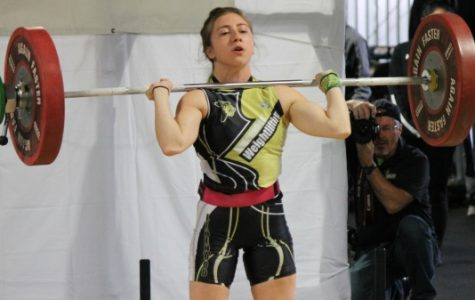 Lindenwood Olympic weightlifting brings energy, support, leaves with one medal
