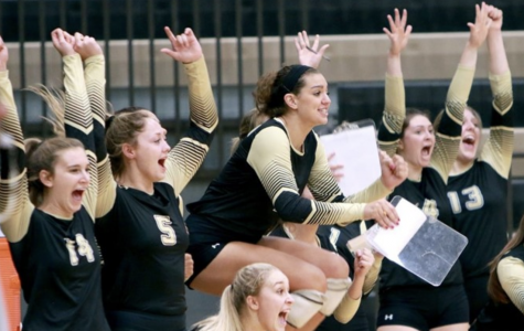 The Lindenwood women's volleyball team celebrates after scoring a point against Southwest Baptist University on Saturday afternoon in Hyland Arena. <br> Photo by Lindenwood Athletics