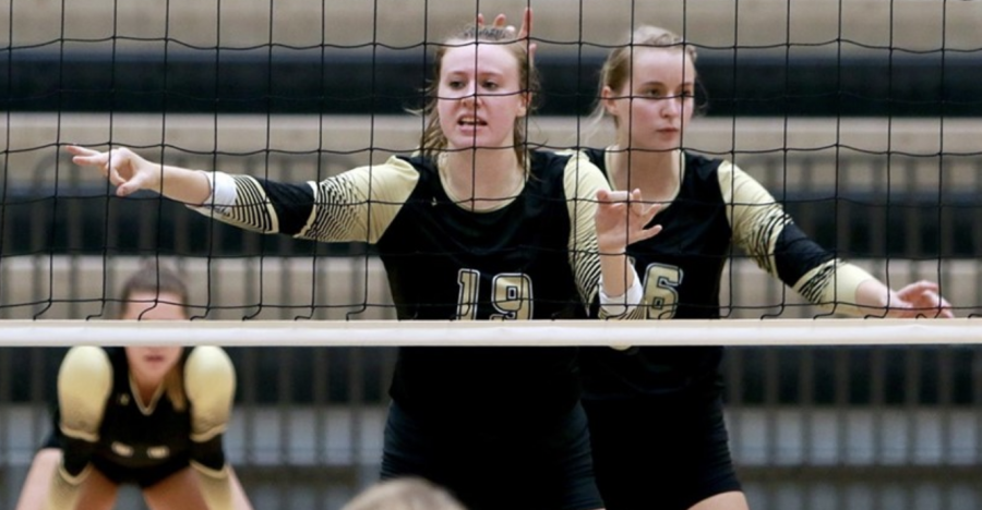 Lindenwood women's volleyball players Sadie Kosciuk (#16) and Alex Dahlstrom (#19) during the Lions win over Southwest Baptist on Saturday Oct. 7. Kosciuk led the Lions in kills with a career-high 14.  Photo by Don Adams Jr.
