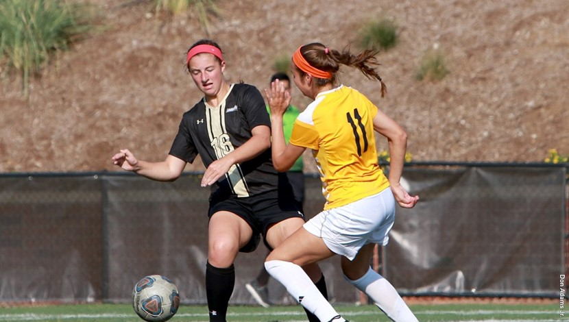 File+photo%3A+Midfielder+Jordan+Wipke+battling+against+Missouri+Western.+Wipke+had+1+assist+in+2-2+tie+vs.+Central+Oklahoma.%0A%0APhoto+by+Lindenwood+Athletics