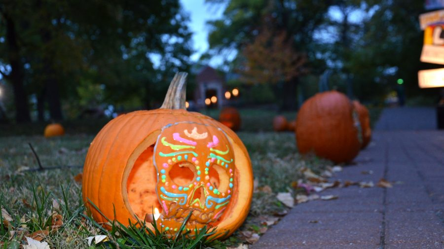 Three+thousand+flyers+passed+out.+40+trick-or-treaters.+36+bags+of+candy.+30+carved+pumpkins.+Eight+hours+of+prep.+Six+pimped+porches.