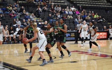 Women's basketball improves win streak to four with victory over Illinois-Springfield