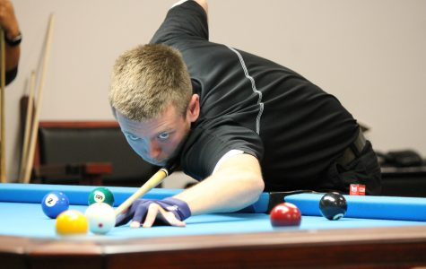 Lindenwood billiards player Landon Shuffet