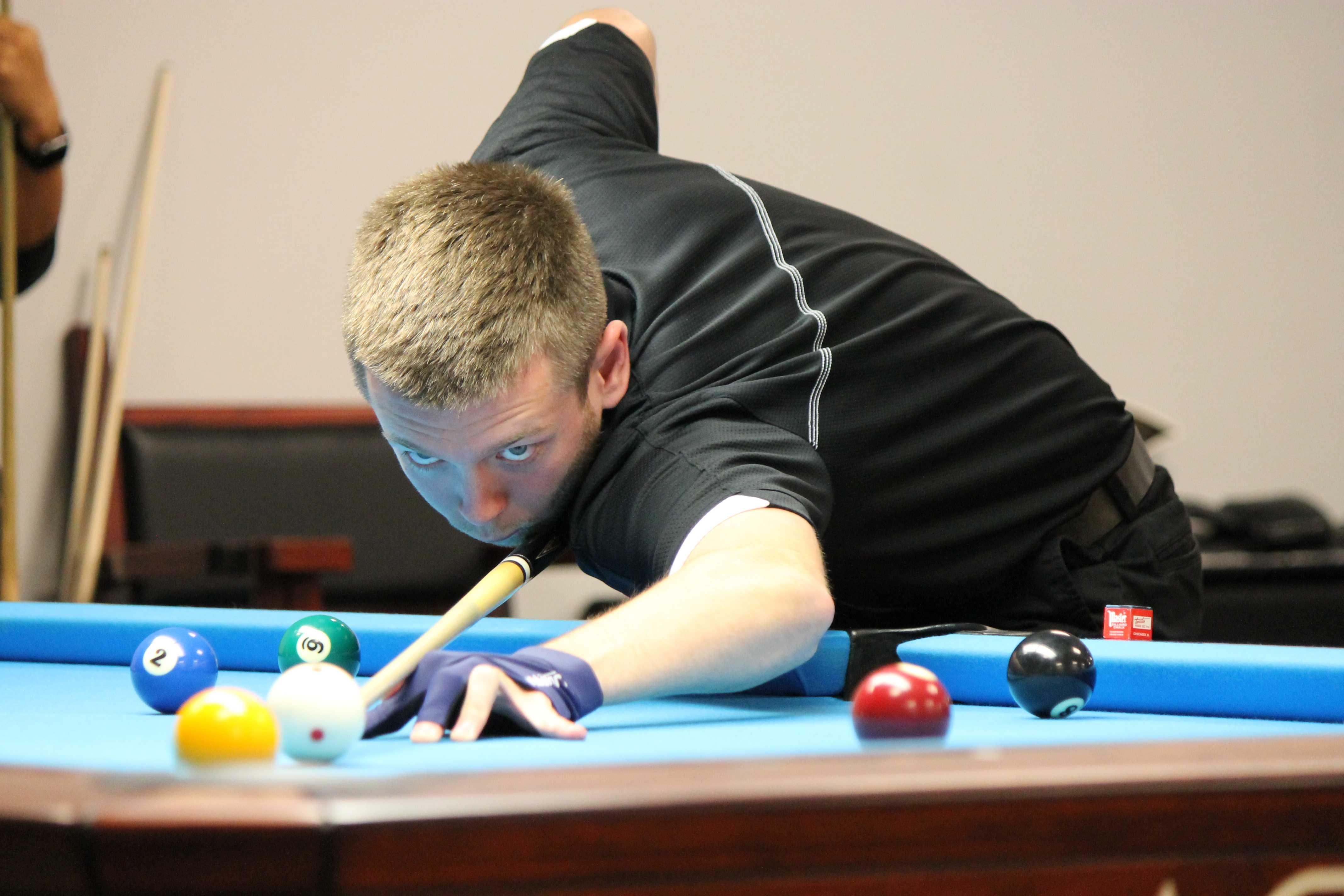 Lindenwood billiards player Landon Shuffet