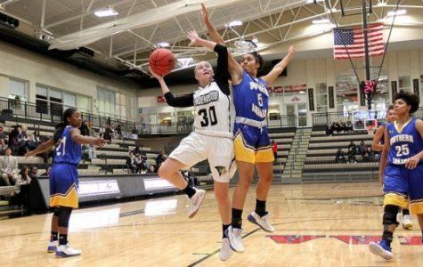 Lindsay Medlen had seven points in Lindenwood's win over Southern Arkansas University <br> Photo courtesy of Lindenwood Athletics