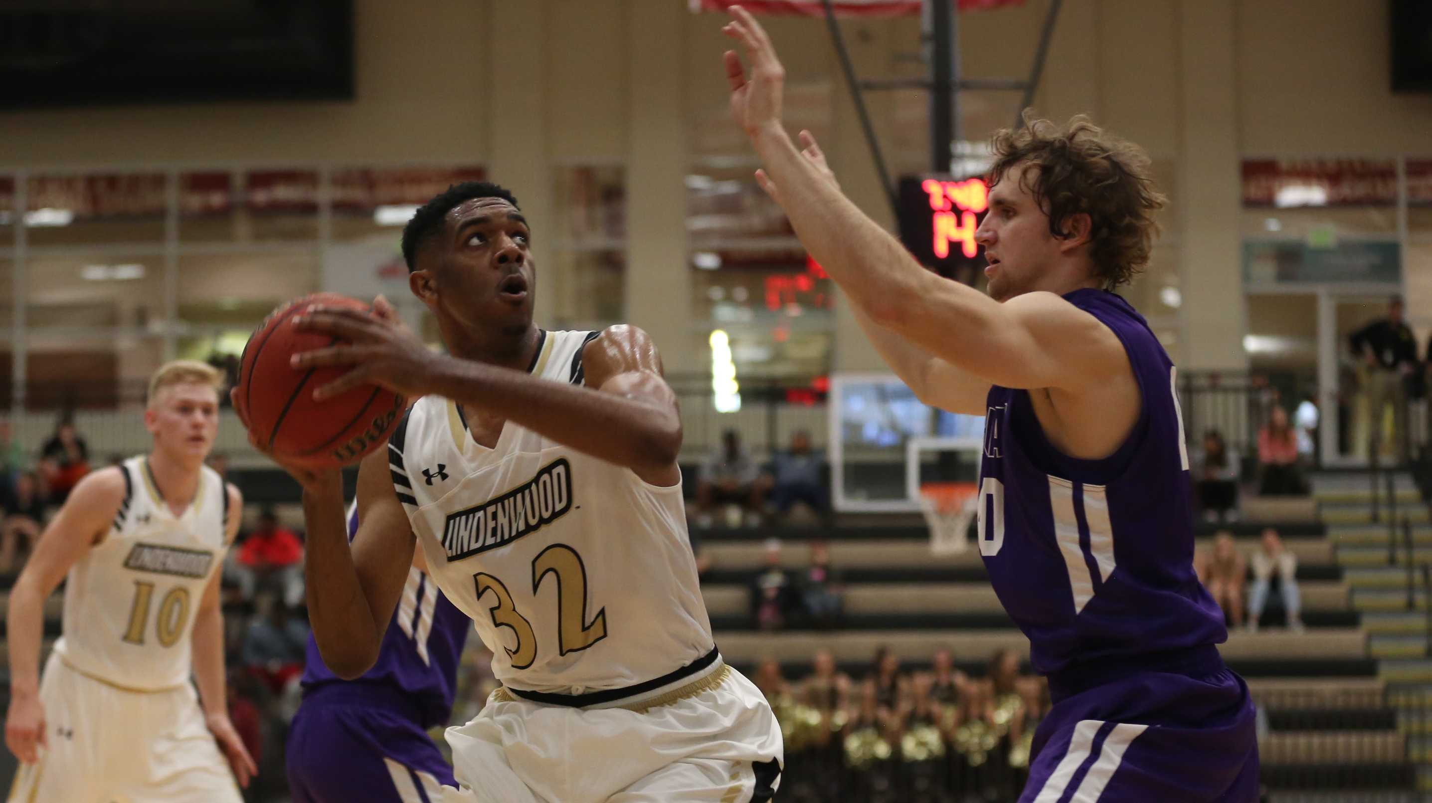 File photo. Lindenwood men's basketball player Dominique Dobbs led Lindenwood in its opening game against Bemidji State in the 2016-17 season with 19 points. Lindenwood defeated Bemidji State 62-44.  Photo by Carly Fristoe