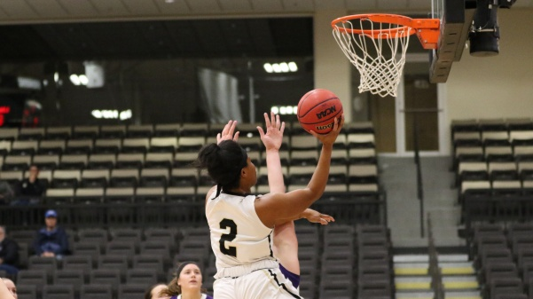 Charisse+Williams%2C+No.+2%2C+drives+into+the+paint+for+the+layup+in+77-68+victory+over+McKendree+University+on+Tuesday%2C+Nov.+28.+%0A%0APhoto+by+Walker+Van+Wey