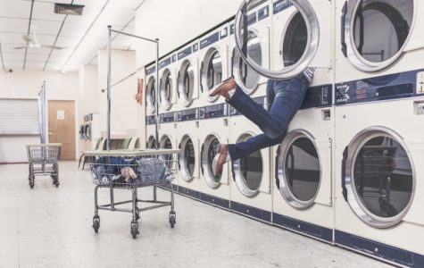 Although a few different methods for paying for laundry on campus have been proposed, none truly benefit students any more than the current system. <br> Photo from pexels.com