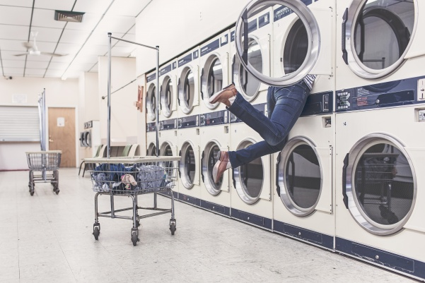 Although a few different methods for paying for laundry on campus have been proposed, none truly benefit students any more than the current system.  Photo from pexels.com