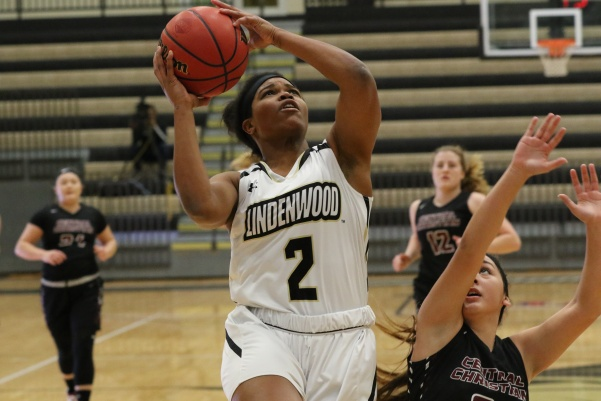 Charisse+Williams%2C+No.+2%2C+drives+to+the+bucket+in+the++Lions%27+113-30+win+over+Central+Christian+College+on+Dec.+1.+Williams+scored+11+points+in+the+team%27s+loss+on+Thursday.+%0A%0APhoto+by+Walker+Van+Way