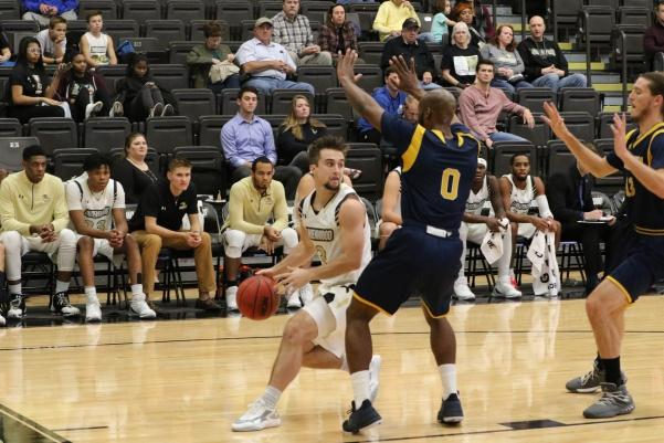 Lindenwood+basketball+player+Jackson+Price+%28No.+3%29+dribbles+the+ball+against+Ecclesia+College+on+Dec.+12%2C+2017.+Price+scored+a+team-high+18+points+last+night+against+Southwest+Baptist.+%3Cbr%3E+Photo+by+Walker+Van+Wey