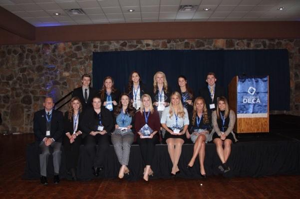 Lindenwood%27s+DECA+team+competed+in+13+events+at+the+annual+state+conferencce+for+the+Missouri+Collegiate+Association+of+DECA+on+Feb.+22+and+23+at+the+Lodge+of+Four+Seasons%2C+Lake+Ozark.+%3Cbr%3E+Photo+provided+by+Carol+Felzien