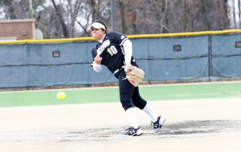 Softball loses double header to Central Oklahoma, losing streak hits four