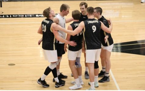 Men's volleyball falls to Princeton in five sets