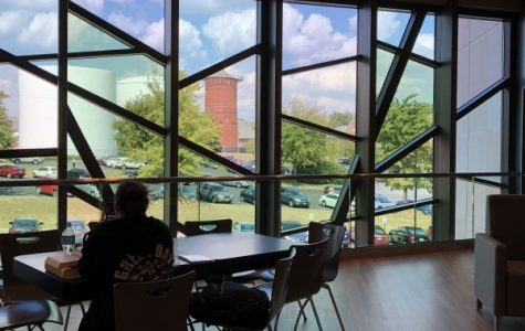 One of the study spots in the Library and Academic Resources Center above Starbucks. File photo by Madeline Raineri.