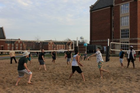 Students play sand volleyball during Lindenwood Student Government
