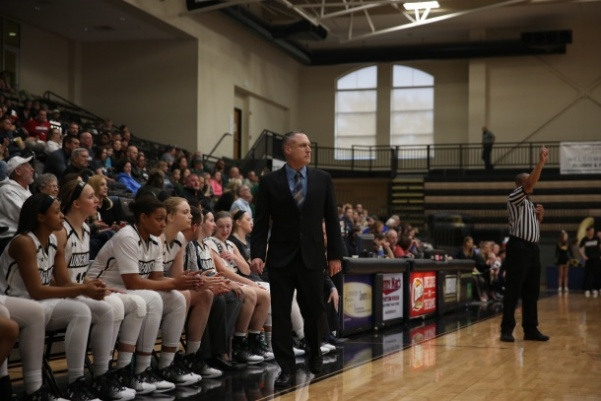 Former+Lindenwood+women%27s+basketball+coach+Tony+Francis+watches+on+as+the+Lions+played+McKendree+on+April+2%2C+2017.++Photo+by+Carly+Fristoe.