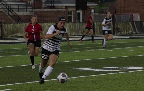 Women's soccer loses to Maryville in first home match