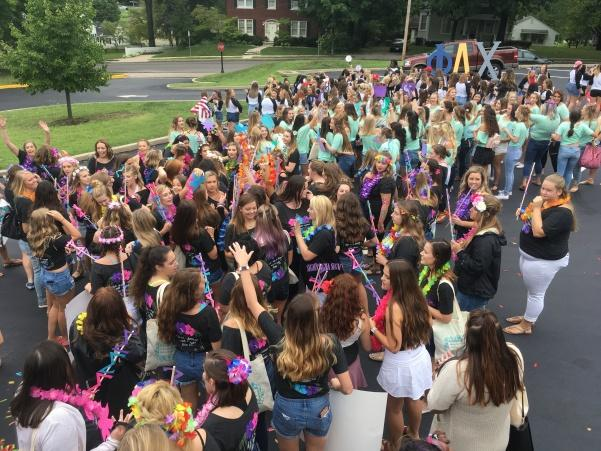 The+Lindenwood+Sororities+welcomed+%22home%22+their+new+members+on+Sept.+8.+Photo+by+Arin+Froidl