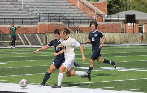 Two late first half goals carry men's soccer over Mighty Oaks