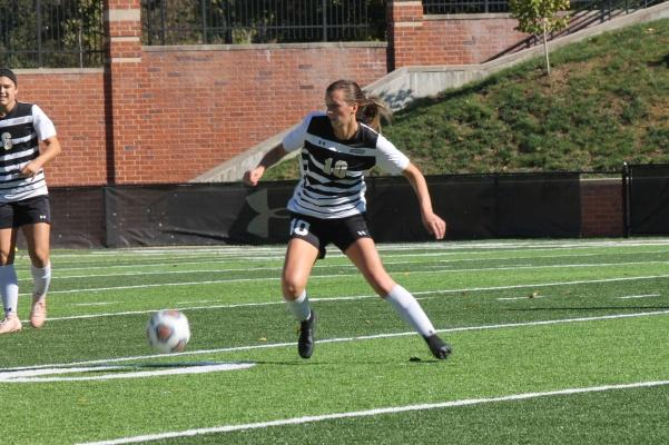 Midfielder Bailey Bologna during the game against Northwest Missouri State on Oct. 28.   Photo by Maria Escalona.