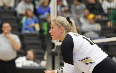 Women's volleyball heads to championship after final regular season match