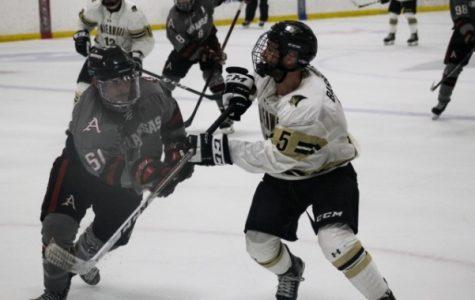 Lindenwood hockey smokes Arkansas, sweeps last home series of 2018