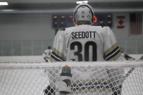 Sophomore+Cooper+Seedott+during+a+game+against+the+Illini+in+October.++The+goalie+has+lead+the+Lions+to+three+shutout+wins+this+season.+++Photo+by+Kayla+Bakker.++